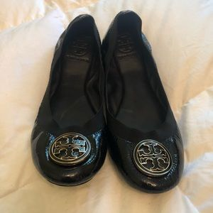 Tory Burch Stretchy Flats with Box